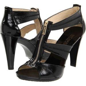 "Michael Kors ""Berkeley"" zipper t-strap sandals sz6"
